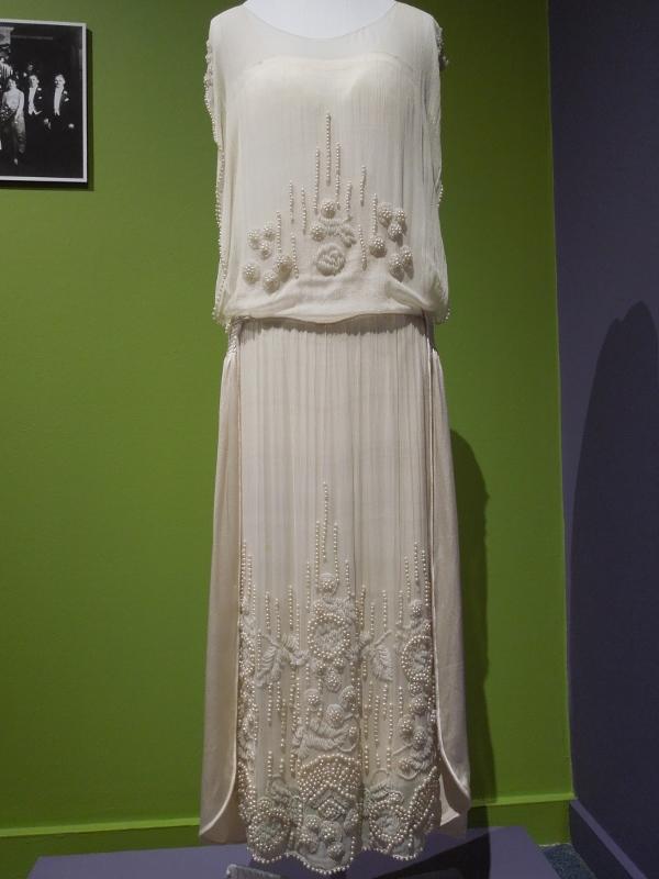 PMH wedding dresses 027 (600x800)