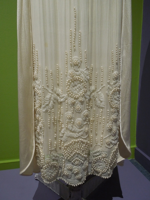 PMH wedding dresses 051 (600x800)